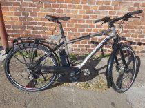 Gepida Berig 1000 elektromos férfi városi kerékpár